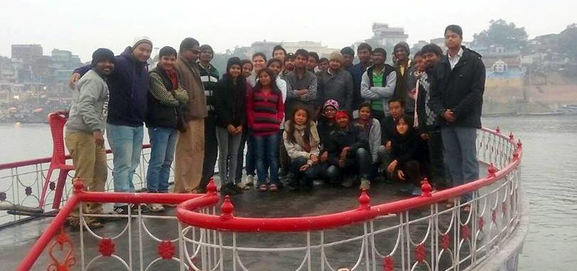 20150226_india_river_boat (1)