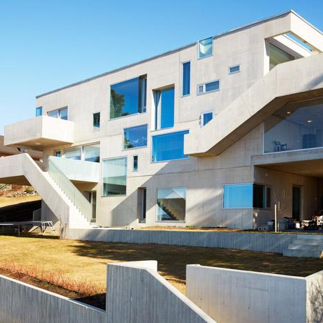Concrete-House-in-Stange-by-Carl-Viggo-Holmebakk_dezeen_468_37