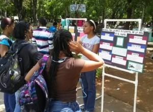 Dominican Republic - Marina Altagracia Perdomo Pozo - students at WSD stand2